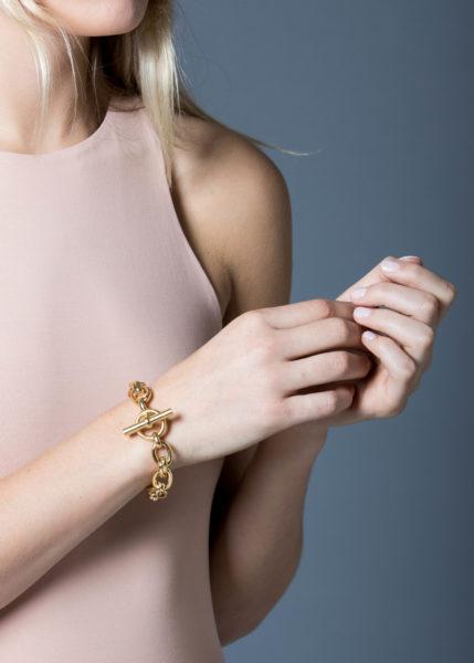 Large Gold Round Linked Bracelet